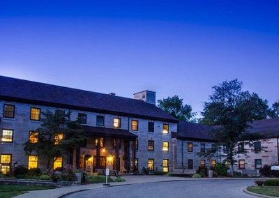 Night sky at Spring Mill Inn